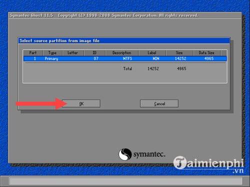 Bước 10:Hệ thống yêu cầu bạn chọn ổ cứng, công đoạn này không có gì đặc biệt nên hãy nhấnNext.