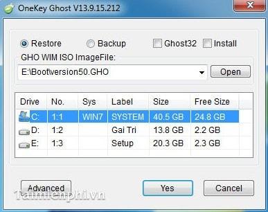 Bước 2: Sau khi đợi một vài giây, chương trình sẽ liệt kê thông tin về ổ đĩa và những file Ghost mà bạn đã lưu trước đó trong ổ cứng.